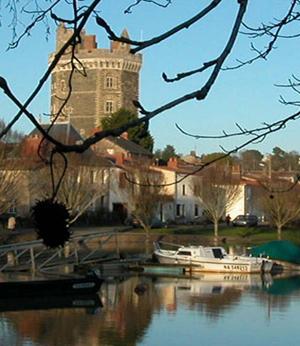 Nantes Sud Immobilier 44 à Rezé, achat chateau, terrain, maison, appartement et tout bien immobilier.