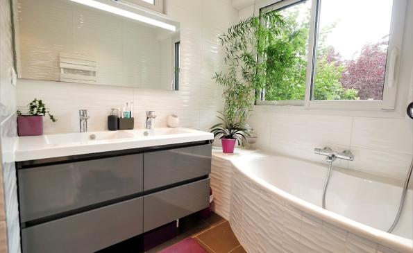 10 salle de bain étage 2