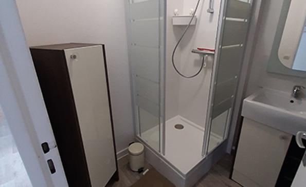 salle de bain 1 (1) (Copier)